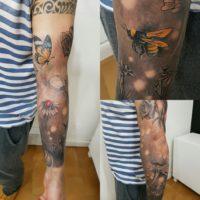 domenico-tattoo-tatuaggio-farfalle-ape-fiori